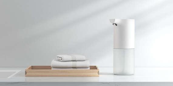 Vodeodolný bezdotykový dávkovač mydla alebo LED dávkovač so senzorom pohybu/Slovensko