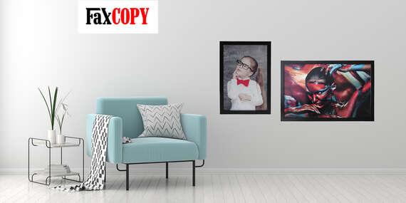 Obraz z vlastnej fotografie na odľahčenej doske v drevenom ráme - až 3 farby rámu na výber/Slovensko