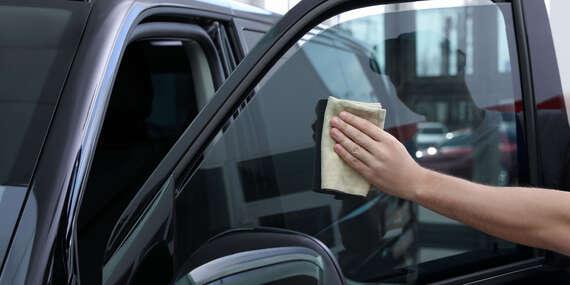 Inštalácia autofólií na okná auta - tónovanie skiel/Bratislava – Nové Mesto