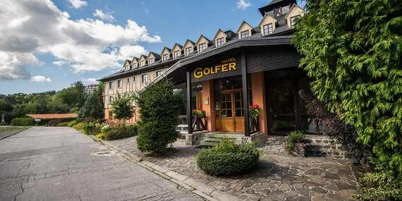 Rodinný hotel GOLFER*** v Kremnických vrchoch s polpenziou, bazénom a saunami / Kremnica