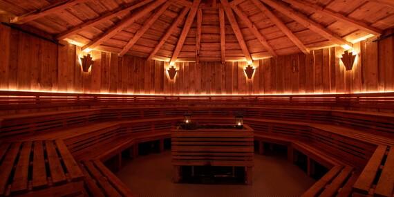 Wellness hotel Hluboký dvůr*** s neomezeným vstupem do wellness a saunového světa, polopenzí a mnoha zážitky v okolí hotelu/Hrubá Voda - Olomoucko