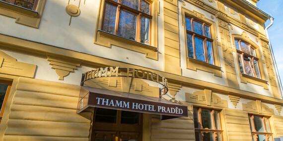 Zlaté Hory v Jeseníkách z hotelu Praděd Thamm s polopenzí a wellness bez omezení/Zlaté Hory - Jeseníky