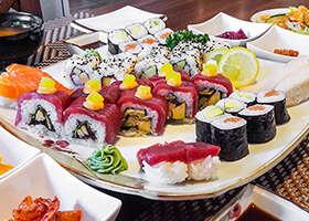 Čerstvé ryby, kimchi, misosiru a iné taje kórejskej kuchyne. Testovali sme sushi v reštaurácii Maehwa