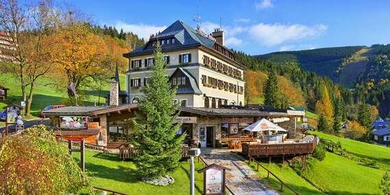 Podzim ve Špindlerově Mlýně v oblíbeném Hotelu Praha **** s polopenzí a neomezeným wellness / Krkonoše - Špindlerův Mlýn