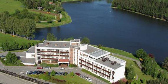 Hotel Adamantino*** u Luhačovické přehrady s plnou penzí, neomezeným wellness a mnoha možnostmi zábavy, bez doplatků za léto / Luhačovice - Pozlovice