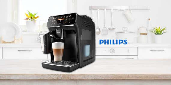 Plnoautomatický kávovar Philips LatteGo s inovatívnou nádobou pre zamatovú mliečnu penu (ušetríte až 100 €)/Slovensko