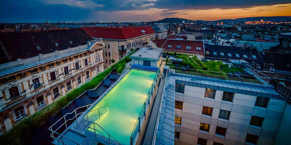 Pôsobivý hotel Continental**** v historickom centre Budapešti s jedinečným strešným wellness/Maďarsko - Budapešť