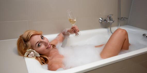 Zimní pobyt v Hotelu S-PORT Véska***+ s polopenzí, neomezeným vstupem do bazénu a 2 hodinami ve wellness zóně/Olomoucko - Véska