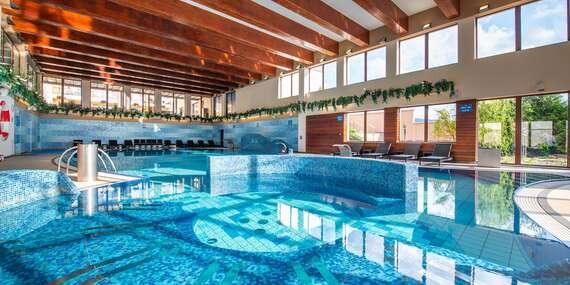 Wellness Hotel Diplomat **** v Rajeckých Teplicích s wellness a bazénem i během víkendu/Rajecké Teplice