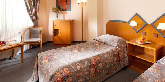Hotel Concertino**** v historickom centre pri zámku, s večerou vo vyhlásenej reštaurácii/Južné Čechy - Jindřichův Hradec