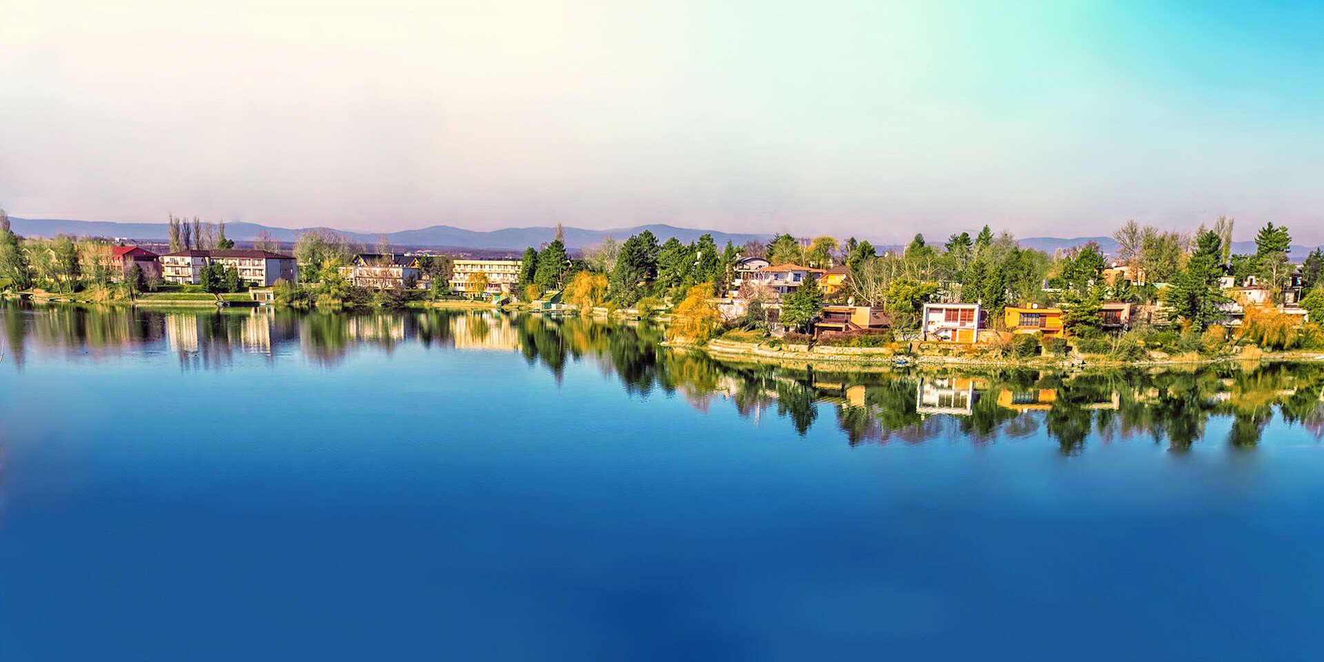 Leto na Slnečných jazerách s neobmedzeným kúpaním, bazénom, pa...