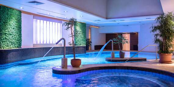 Wellness dovolenka s polpenziou v hoteli Palace**** na pešej zóne len 11 min. chôdze od jazera Hévíz/Hévíz, Maďarsko
