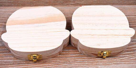 Drevená krabička na mliečne zúbky/Slovensko