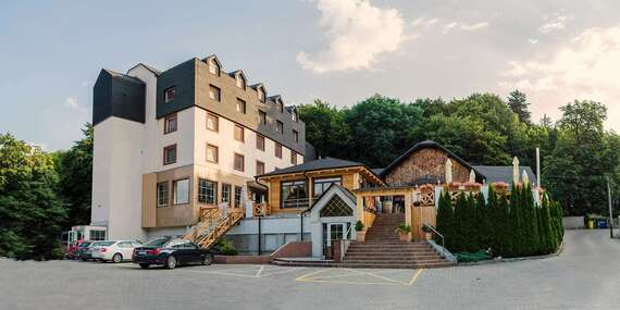 Bratislavský hotel West**** v lone prírody na Kolibe a zároveň len 12 min. autom od centra / Bratislava