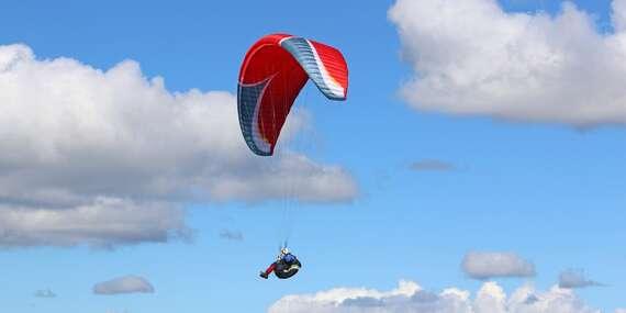 Rýchly 1-dňový kurz paraglidingu pre 1 alebo 2 osoby v krásnom prostredí Nízkych Tatier/Liptovský Mikuláš