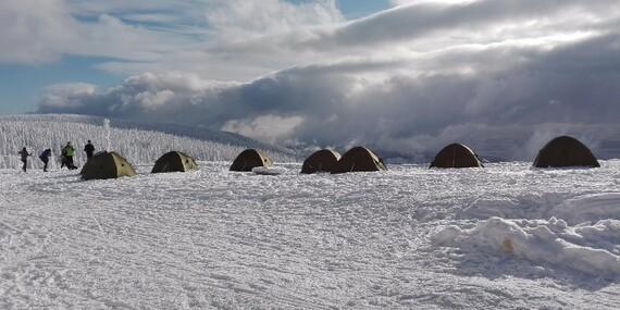 Outdoorový zážitek - přespání ve stanu v krkonošské přírodě se snídaní a hodinou ve společné sauněna Dvorské boudě až do konce roku 2020/Krkonoše - Strážné