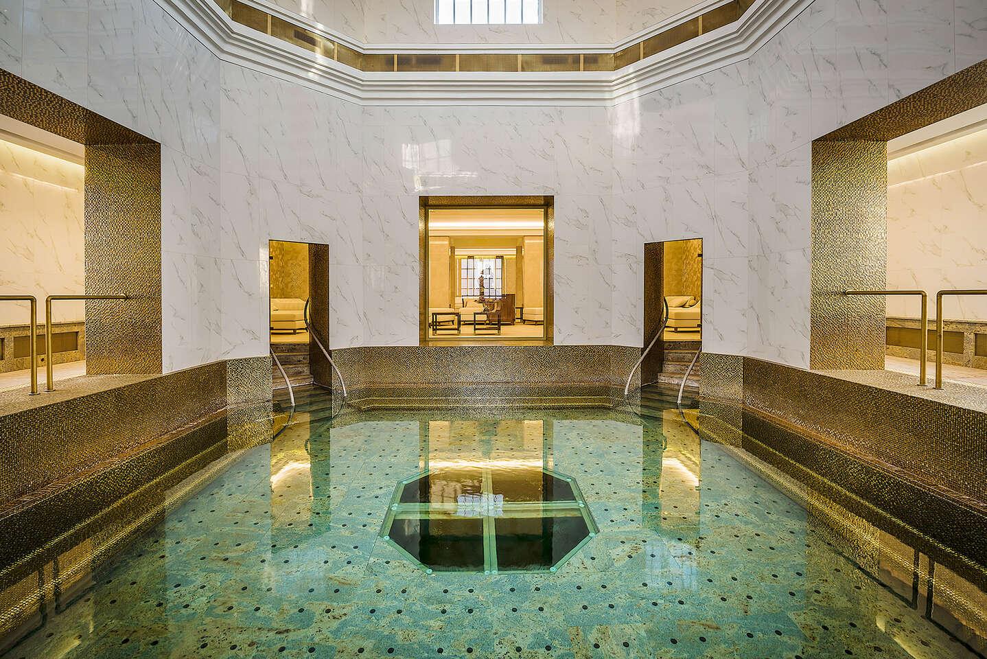 Kráľovský Royal Palace***** s kúpeľnými procedúrami, neobmedzeným SPA&AQUAPARK-om a Zlatým kúpeľom Royal Bath