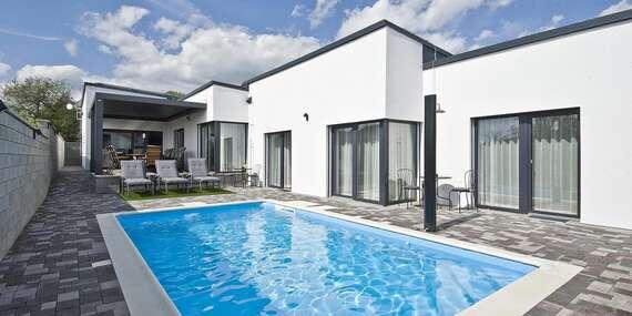 Nové apartmány Lacov Dom pre 1 - 4 osoby s priamym prístupom k bazénu a neobmedzeným wellness/Klčov - Spiš