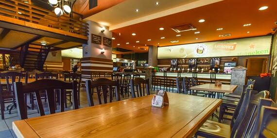 Najlepšie pochúťky k pivu – pečené rebrá, krídla alebo rezne v Beer Arene/Bratislava – Staré Mesto