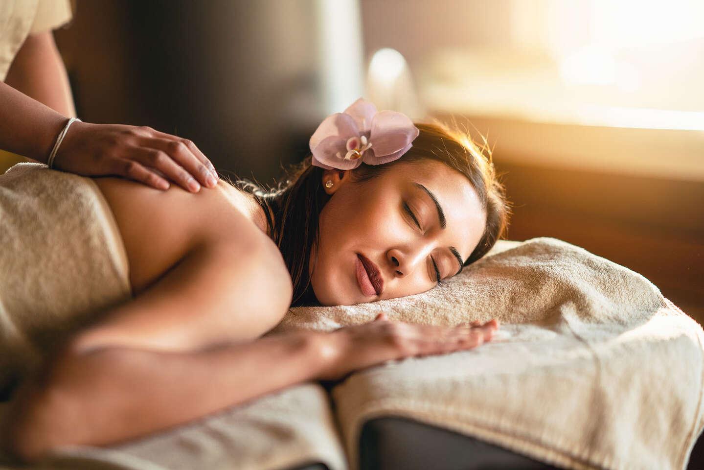 Ayurvédska masáž so špeciálnou masážou chrbta pre sedavé zamestnanie