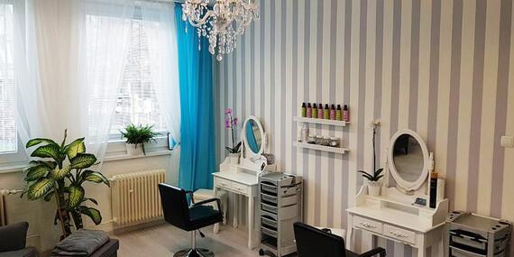 Brazílsky keratín pre hebké vlasy alebo kúra proti rozštiepeným končekom v salóne Barberia/Bratislava - Rača