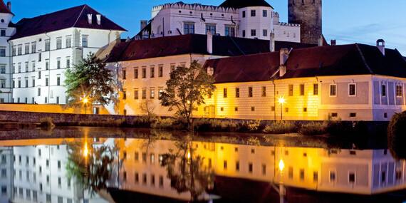 Hotel Concertino**** v historickém centru Jindřichova Hradce se snídaní, večeří i variantou s masáží a saunou / Jižní Čechy - Jindřichův Hradec