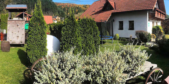 Prázdninový domček Bôrka pre rodinu + sauna, med, medovinka, dlhá platnosť a 1 noc zdarma / Fačkov