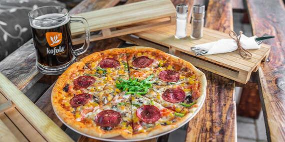 Pizza podľa vlastného výberu a veľké pivo alebo Kofola k tomu v Piváreň Pod Mostom/Bratislava – Petržalka