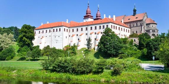 Romantika přímo v historickém centru Třebíče s večeří při svíčkách a neomezeným bazénem/Vysočina - Třebíč