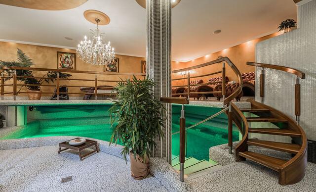 Víkendový wellness pobyt s neobmedzeným vstupom do ájurvédskych kúpeľov, polpenziou a masážami v centre Košíc