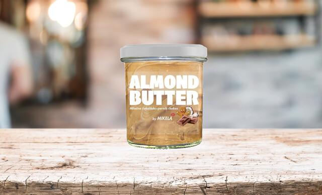 Orieškové maslo s bielou čokoládou alebo s príchuťou bueno a proteínom.