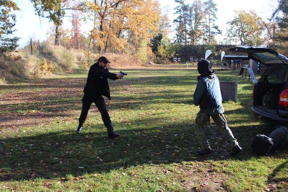 Sleva 17% na pobyt - Kurz sebeobranné střelby pro začátečníky i mírně pokročilé pod profesionálním…