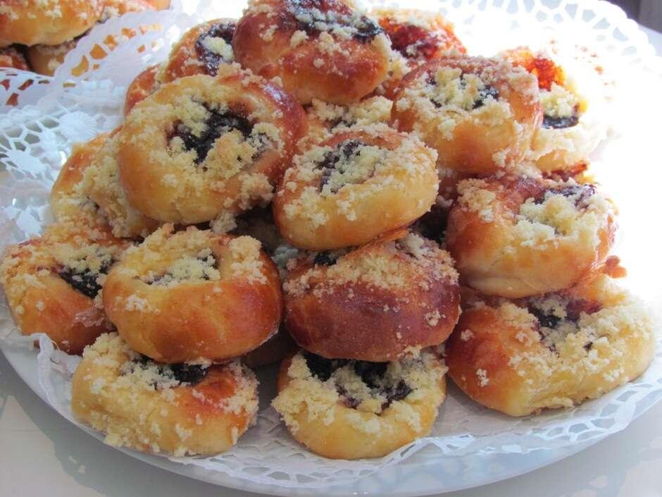 Chlebíčky, jednohubky alebo koláčiky, s donáškou k vám domov