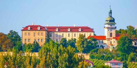 Benátky nad Jizerou v hotelu Na Staré koleji s polopenzí, lahví vína, privátním wellness i s procedurami/Střední Čechy - Benátky nad Jizerou