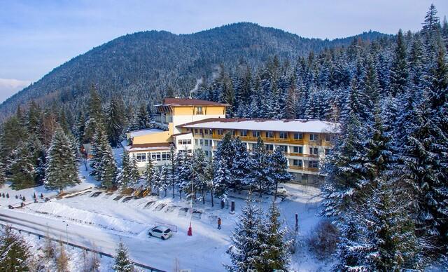 Nízke Tatry s procedúrami a polpenziou pre dvoch v hoteli AVENA RELAX HOTEL***