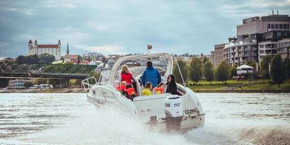Jedinečný zážitok vďaka štýlovej plavbe motorovým člnom po Dunaji až do Viedne s fľašou sektu pre 7 osôb/Bratislava – Dunaj