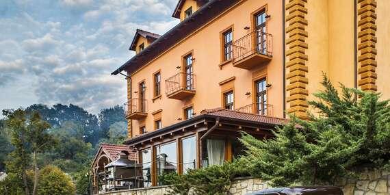 Romantik hotel Eleonora se snídaní či polopenzí a koupelí poblíž historické centra města Tábor s oceněním 3* Hotel Jihočeského kraje/Tábor