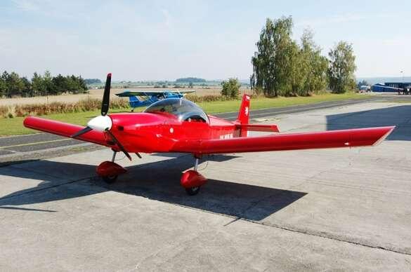 Sleva 15% na pobyt - Zážitkový vyhlídkový let v moderním letounu Zenair CH 601 z letiště v Hradci Králové…