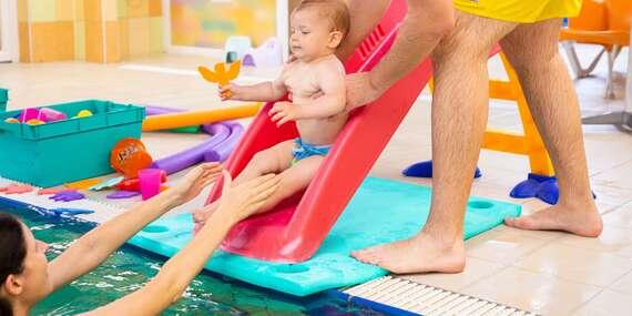 Mesačný kurz plávania pre začiatočníkov s bábätkom vo veku 6 - 12 a 12 - 18 mesiacov/Bratislava – Ružinov