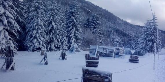 Rodinná lyžovačka na Chate Žiar v Rajeckej Lesnej so skipasom a dieťaťom do 10 rokov zdarma/Rajecká Lesná - Malá Fatra