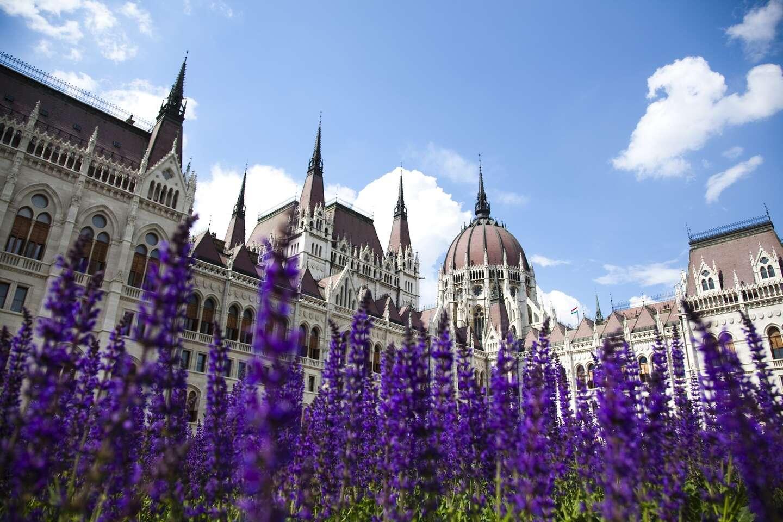 Mediterran Hotel Budapest**** s neobmedzeným wellness, dieťaťom do 12 rokov zdarma a dlhou platnosťou