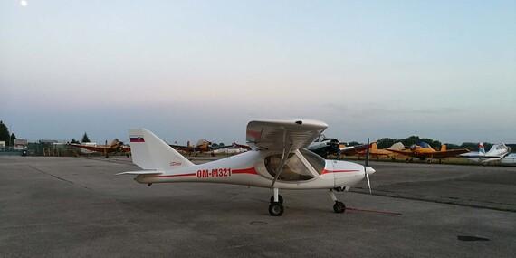 Zážitkový let na ultraľahkom hornoplošníku s možnosťou pilotovania na skúšku vami vybranou trasou/Nitra