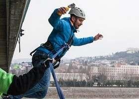 Skúška odvahy alebo tip pre milovníkov adrenalínu. Testovali sme kyvadlový zoskok z Lafranconi.