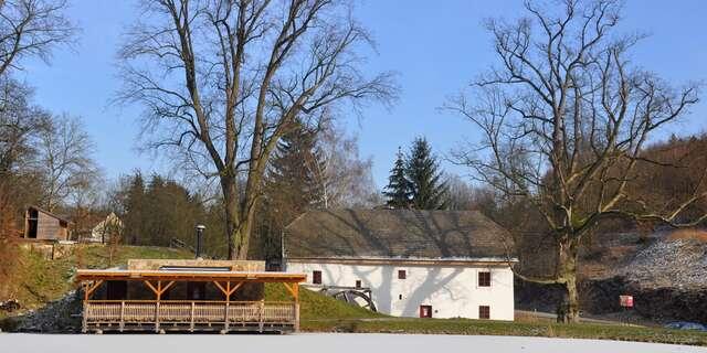 Pobyt pre dvoch pri zámku Lysice na Južnej Morave s polpenziou, bazénom a wellness za polovicu.