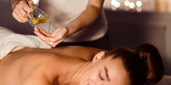 Uvoľňujúca thajská olejová aromatická masáž v Sala Thai Massage/Žiar nad Hronom