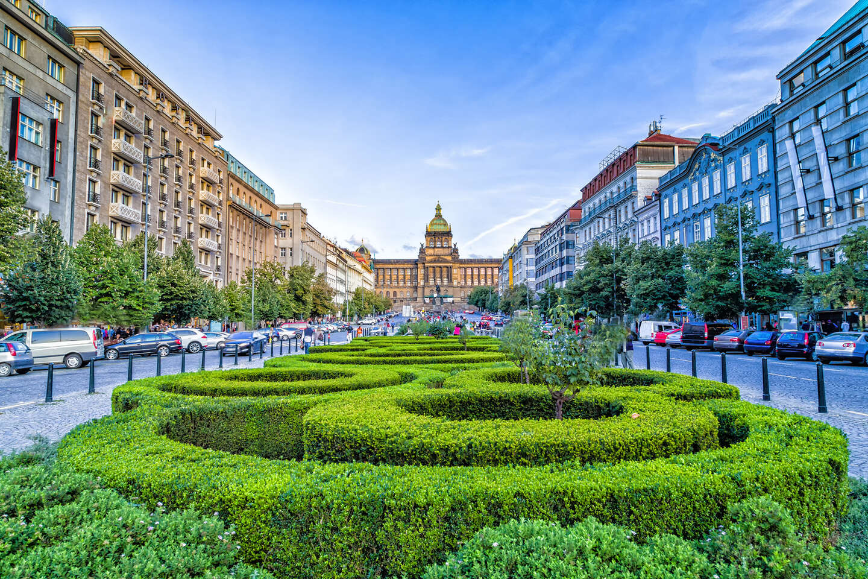 Výnimočný hotel International**** Prague v historickej budove blí...