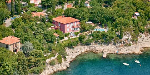 Dovolenka v Chorvátsku v štúdiách Villa Dora s bazénom a len pár krokov od mora/Chorvátsko - Kraljevica