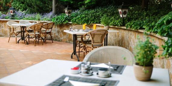 Pohodlie v Mediterran Hoteli Budapest**** s neobmedzeným wellness a dlhou platnosťou/Maďarsko - Budapešť