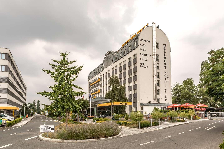 Komfortný pobyt v pražskom Wellness Hoteli STEP**** s raňajkami a ...