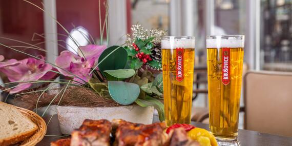 Grilované rebrá a dve malé pivá v Zlatej Lipe/Bratislava – Dúbravka